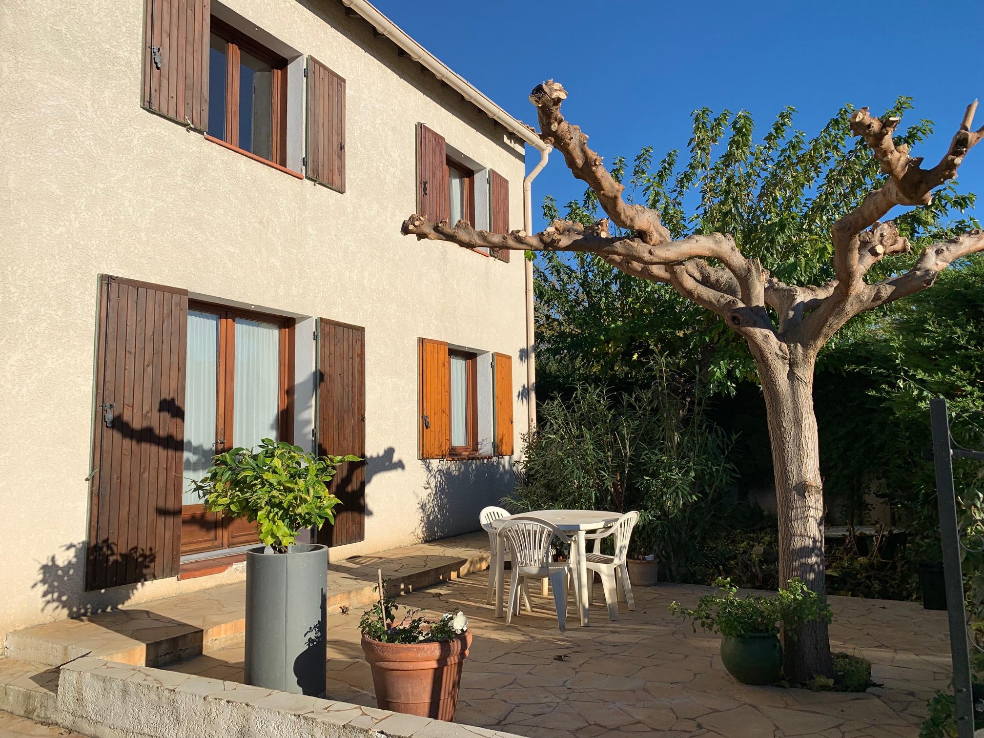 vente Maison 4 chambres avec jardin et garage.